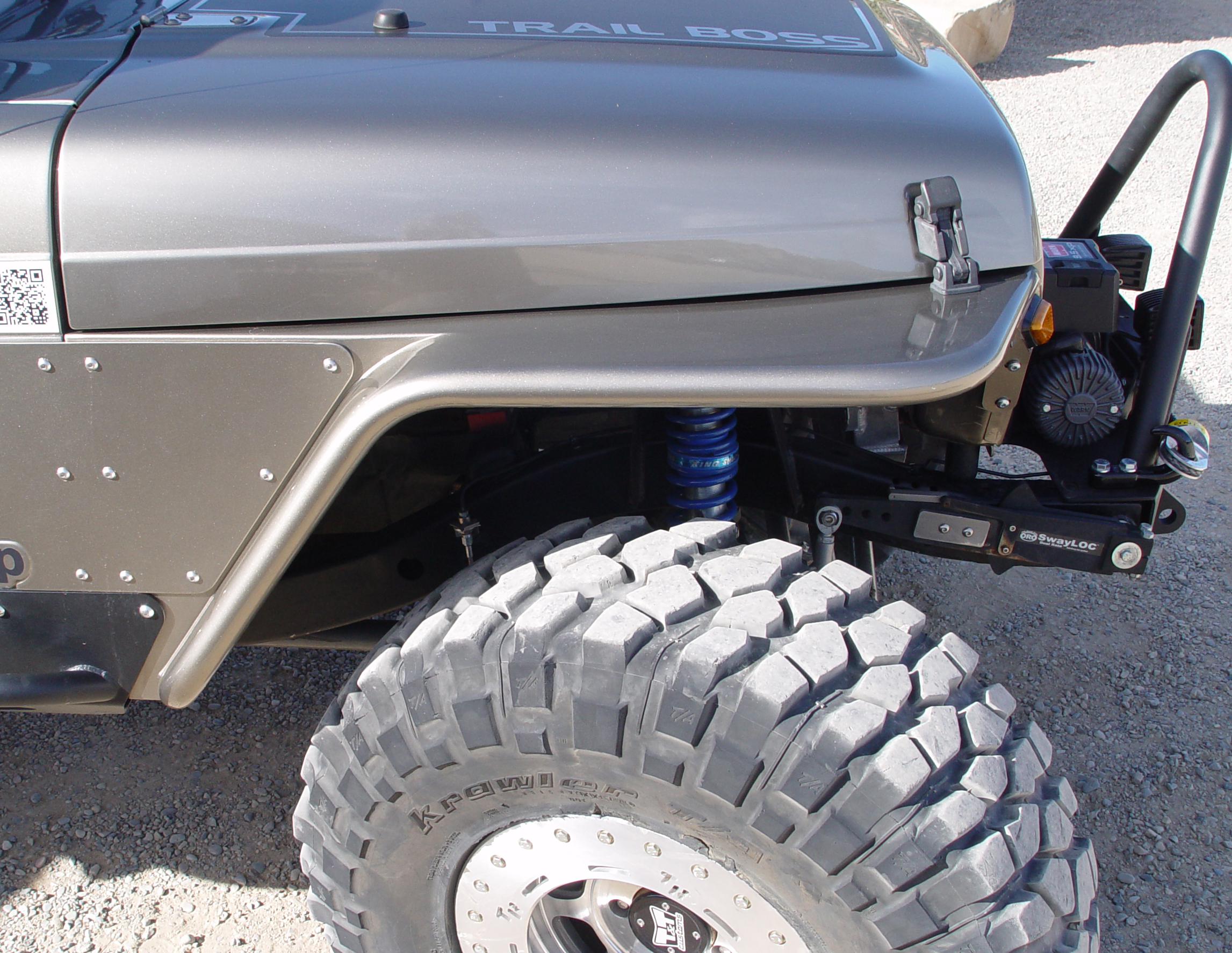 Jeep Tj Tube Fenders 45 Inch Flare 97 06 Wrangler Lj Tnt Customs Parts Accessories Soft Tops From The Side View