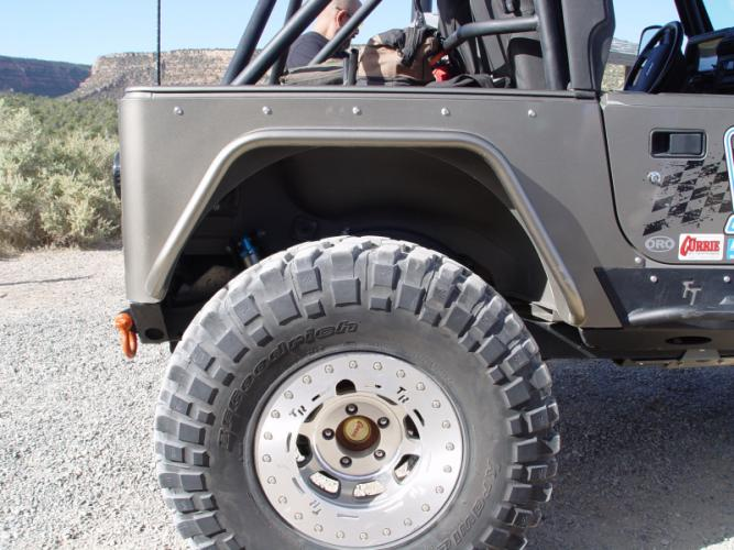 TNT Jeep TJ Corner Armor 37S Opening Side View