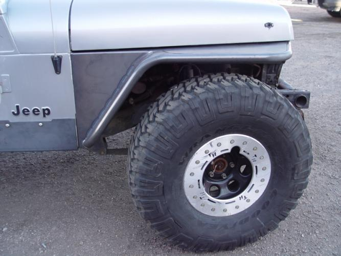 "TNT Jeep Wrangler YJ Tube Fenders, 35"" Tire Stock Springs"