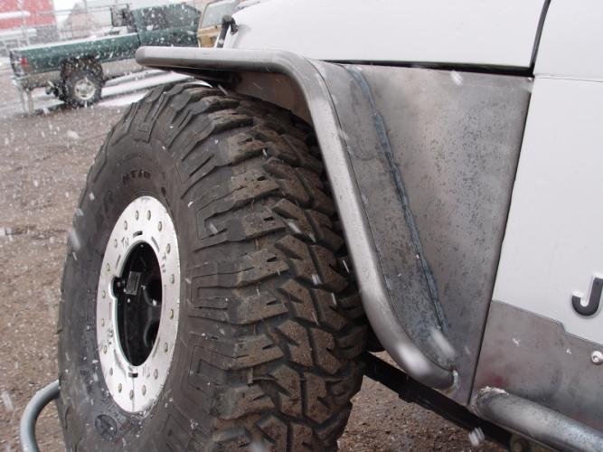 "TNT Jeep YJ Tube Fenders, 4.5"" Flare, 35"" Tire Stock Springs, flex shot"