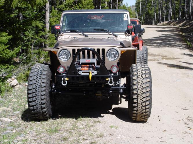 "TNT Jeep High Clearance Tube Fender 3"" Flare Hyline front view"